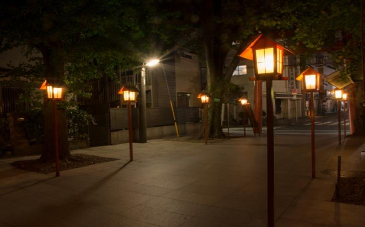 TOKYO Akagi Shrine Entrance