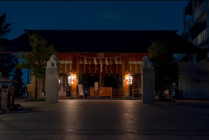 TOKYO Akagi Shrine Night